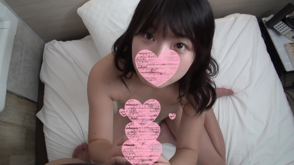 FC2 PPV 1592107 傷心中のぴえん女子を元気づけるべく、オジサンチンポでたっぷり可愛がってあげました❤️❤️